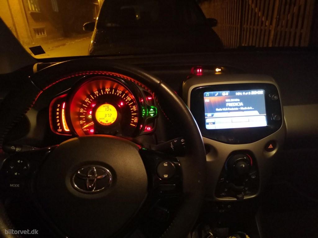 Toyota Aygo 1,0 VVT-I X 69HK 5d 2016