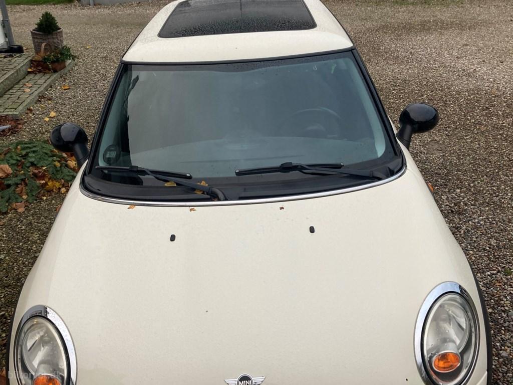 Mini One One 95HK 3d 2008