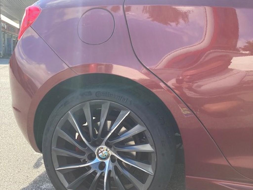Alfa Romeo Giulietta 2,0 JTDM Sportivo 140HK 5d 6g 2013