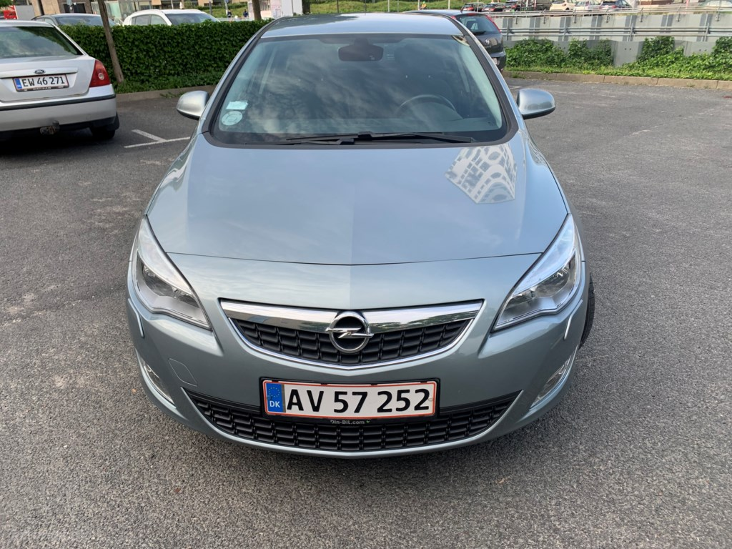 Opel Astra 1,4 Turbo Enjoy 140HK 5d 6g 2010
