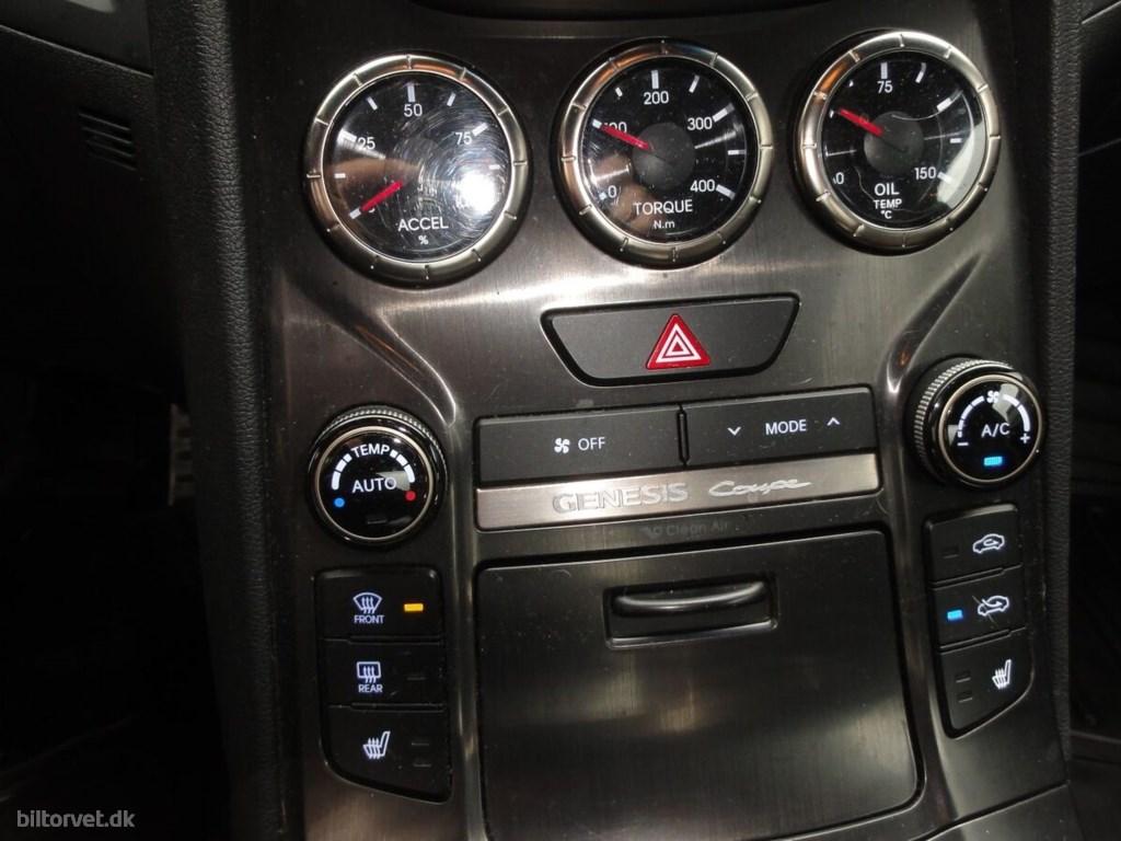 Hyundai Genesis 3,8 V6 Coupé aut. 2013
