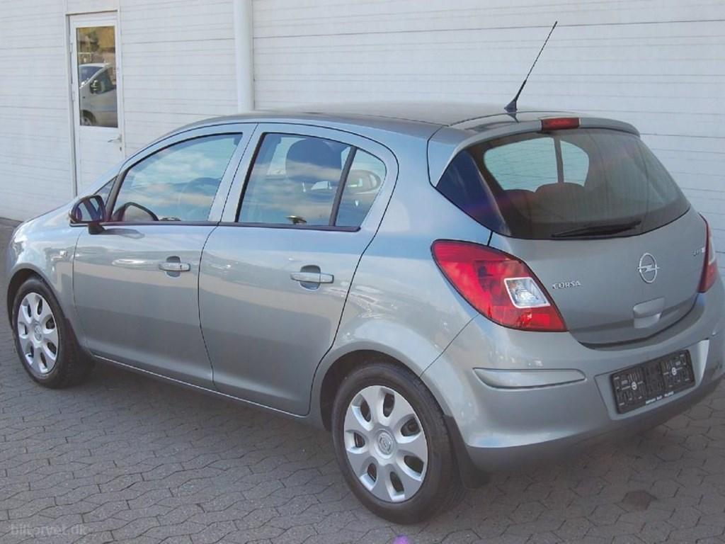 Opel Corsa 1,3 CDTI DPF Enjoy Edition Start/Stop 95HK 5d 2011