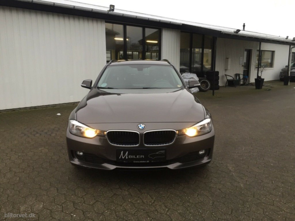 BMW 320d 2,0 Touring ED 2013