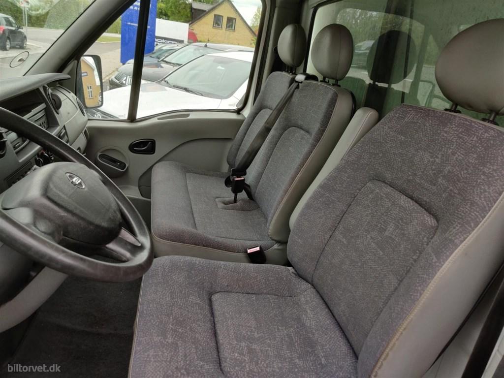 Nissan Interstar 2,5 dCi 150 146HK Ladv./Chas.
