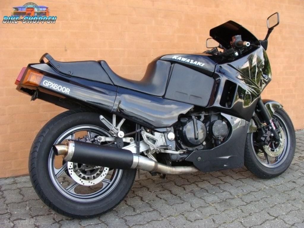 Kawasaki GPX600 1988