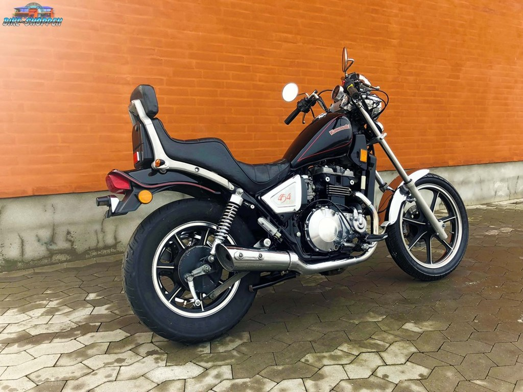 Kawasaki EN400 1988