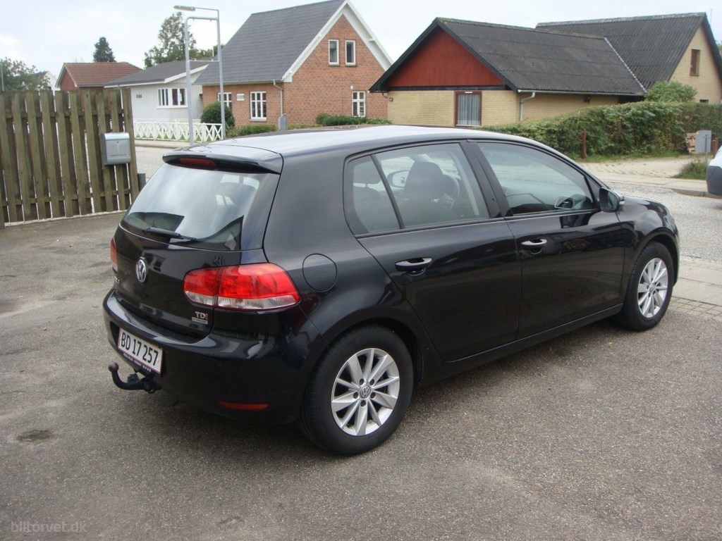 VW Golf VI 1,6 TDi 105 Highline BMT 2011