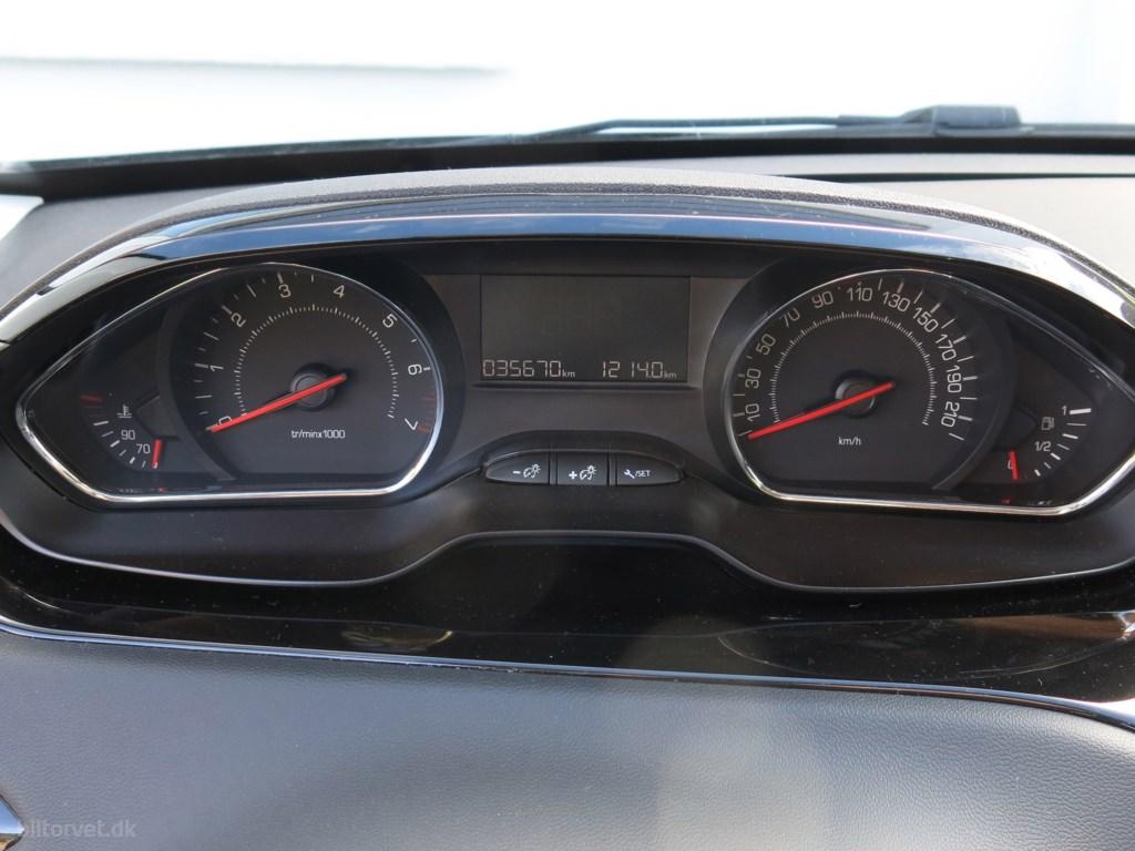 Peugeot 208 1,0 VTi Active 68HK 5d 2015