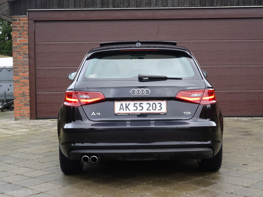 Audi A3 Sportback 2,0 TDI DPF Ambition 150HK Stc 6g 2014