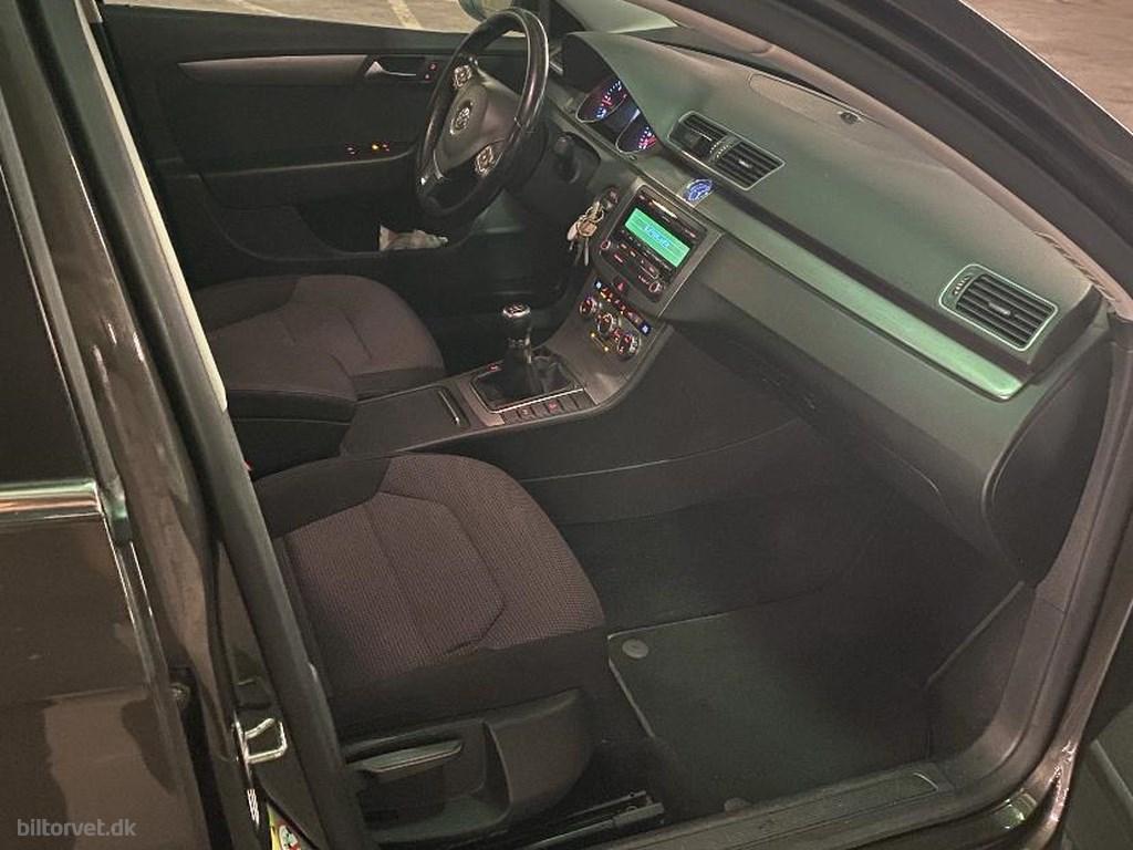 VW Passat Variant 2,0 TDI BMT Comfortline 140HK Stc 6g 2012
