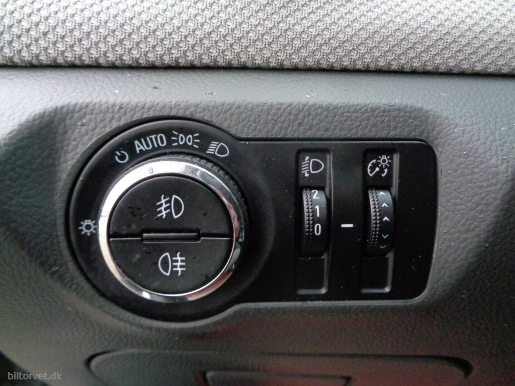 Chevrolet Cruze 2,0 VCDi 125 LS 2009