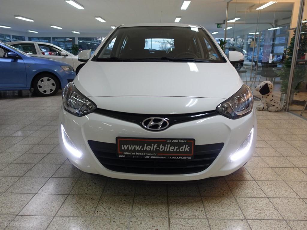 Hyundai i20 1,1 CRDi ISG Comfort 74HK 5d 2013