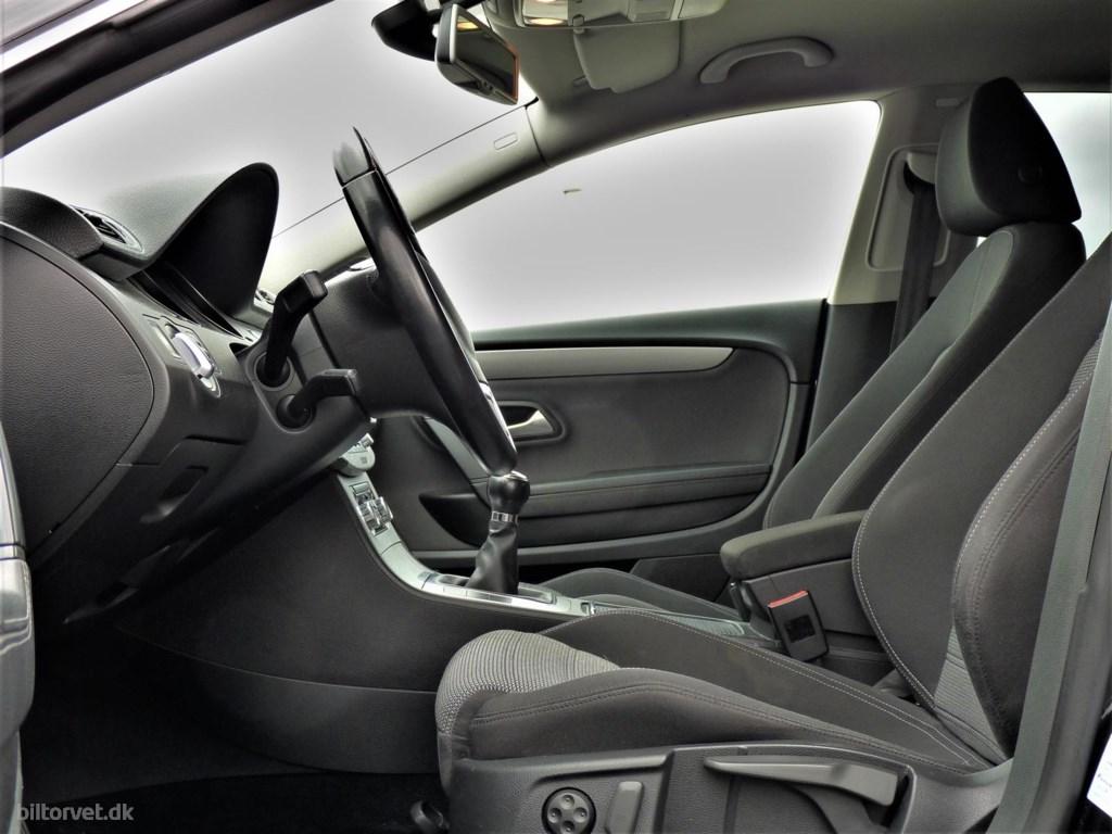 VW Passat CC 2,0 TDI DPF 140HK 4d 6g 2009